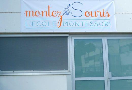 La banderole de l'école Montez Souris